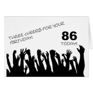 86.o Tarjeta de cumpleaños con las muchedumbres