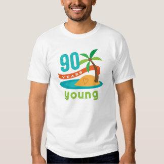 90 años de regalo de cumpleaños joven camisetas