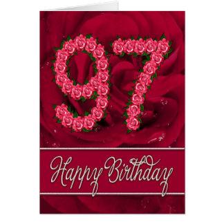 97.a tarjeta de cumpleaños con los rosas y las