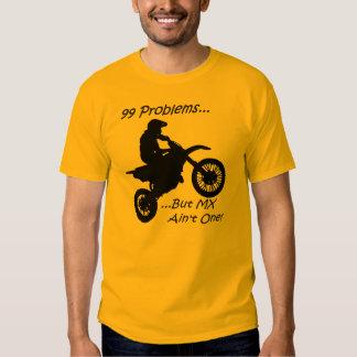 ¡99 problemas sino el MX no es uno! Negro en el Camisetas
