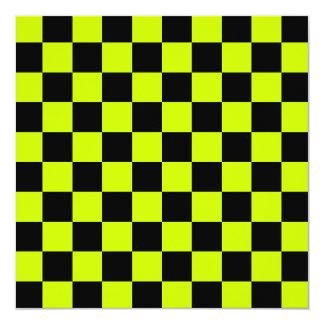 A cuadros - amarillo negro y fluorescente invitación 13,3 cm x 13,3cm