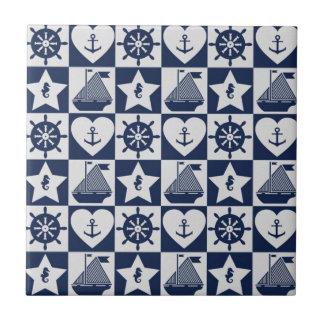 A cuadros blanco de los azules marinos náuticos azulejo