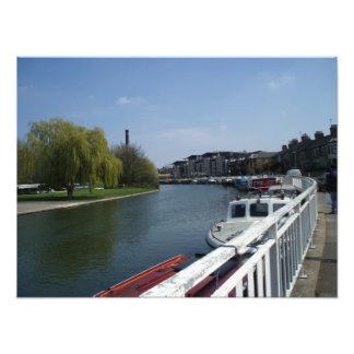 A lo largo de la leva del río. Cambridge. Impresió Fotografía