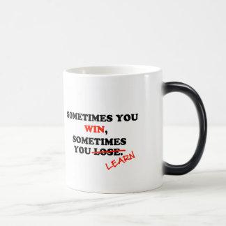 A veces usted frase de motivación de la tipografía taza mágica