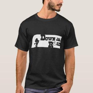 Abajo del camino camiseta