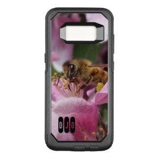 Abeja de la miel en el flor de Crabapple y sus Funda Otterbox Commuter Para Samsung Galaxy S8