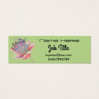abeja en tarjeta de visita de la flor