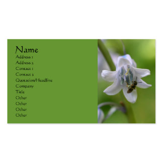 Abeja en tarjeta de visita de la flor del Bluebell