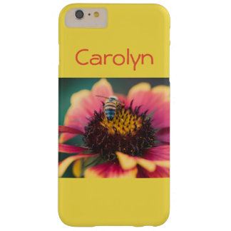 Abeja en una flor funda barely there iPhone 6 plus