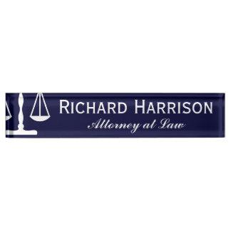 Placas de nombre abogado dise os de placas de mesa con for Escritorio de abogado