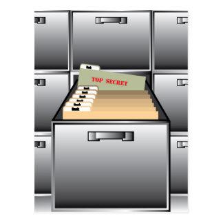 Abra el cajón con el fichero secretísimo postal