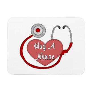 Abrace a una enfermera imán