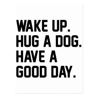 Abrace un perro postal