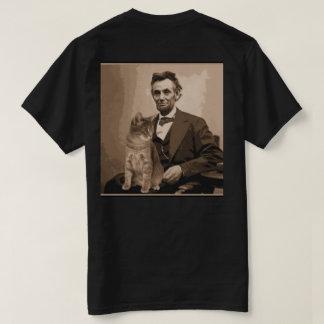"Abraham Lincoln y su gato ""Dixie"". Camiseta"