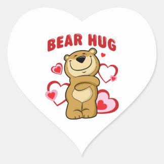 Abrazo de oso pegatina en forma de corazón