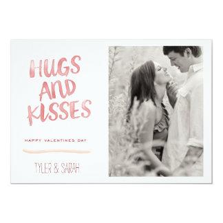 abrazos y besos invitación 12,7 x 17,8 cm