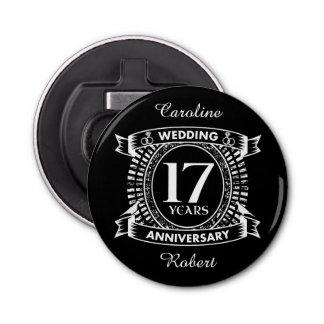 Abrebotellas 17mo aniversario de boda blanco y negro