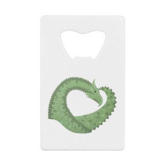 Abrebotellas De Tarjeta De Crédito Dragón del corazón del verde verde oliva en blanco