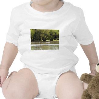 acampada traje de bebé
