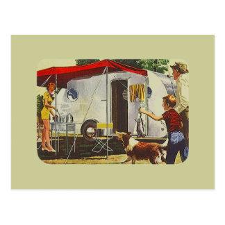 Acampada retra del remolque del viaje del vintage  postal