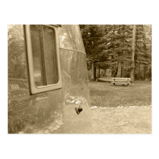 Acampada retra del remolque del viaje del vintage  tarjeta postal