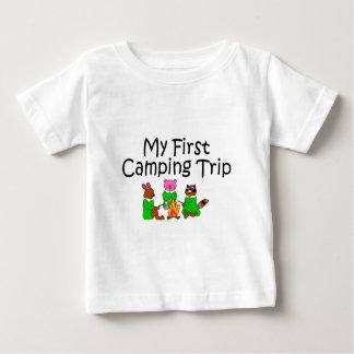 Acampando mi primera acampada camisetas