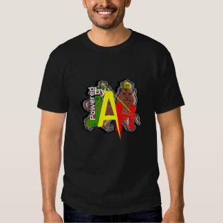Accionado por el león de Jah de Judah Rastafari Camisetas