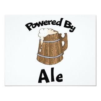 Accionado por la cerveza inglesa invitación personalizada