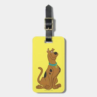 Actitud clásica de Scooby Doo el | Etiquetas Para Maletas