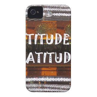ACTITUD de las palabras de la sabiduría del texto Carcasa Para iPhone 4 De Case-Mate