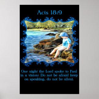 Actúa la pesca del bebé del 18:9 en el río póster