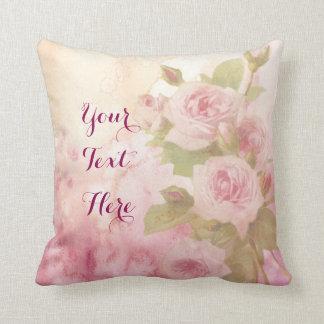 Acuarela floral de los rosas rosados suaves cojín decorativo