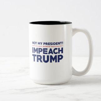 Acuse el triunfo taza de café de dos colores