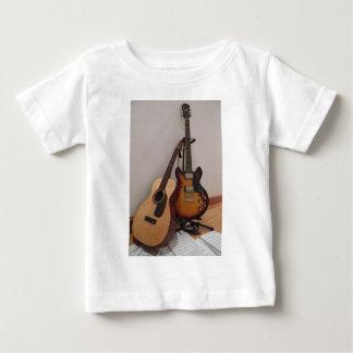 Acústico o eléctrico camiseta de bebé