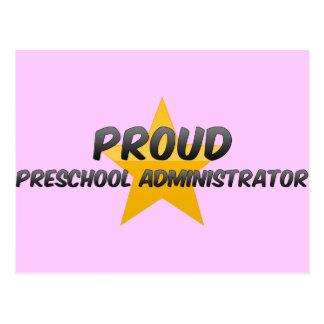 Administrador preescolar orgulloso tarjeta postal