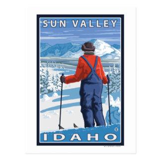 Admiración del esquiador - Sun Valley Idaho Tarjeta Postal
