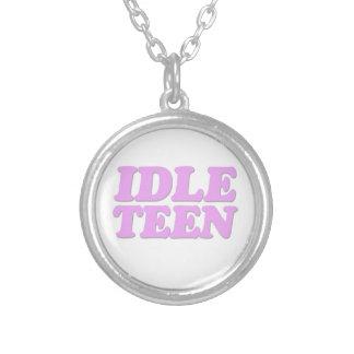 Adolescente ocioso collar personalizado