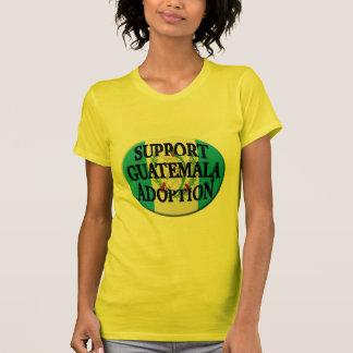 adopción de Guatemala de la ayuda Camiseta