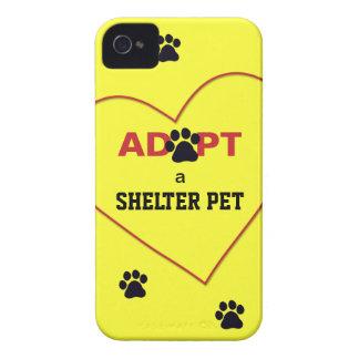 Adopte a un mascota del refugio iPhone 4 cárcasas