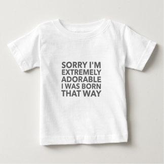 Adorable llevado esa manera camiseta de bebé
