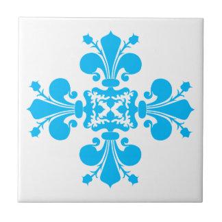 Adorno azul del damasco de la flor de lis azulejo cuadrado pequeño