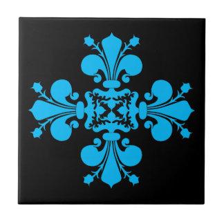 Adorno azul del damasco de la flor de lis en blanc azulejo cuadrado pequeño