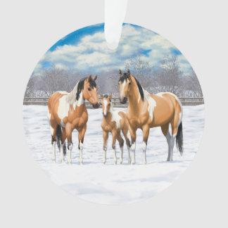 Adorno Caballos de la pintura del ante en nieve