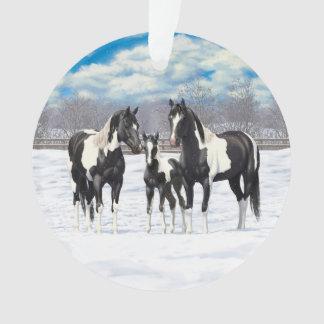 Adorno Caballos negros de la pintura en nieve
