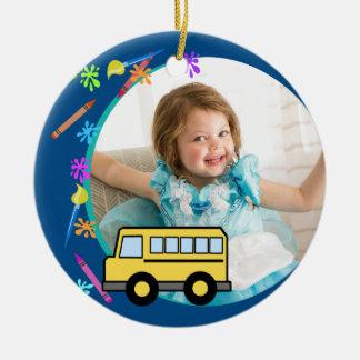 Adorno De Cerámica Artes y azul del autobús escolar de los artes