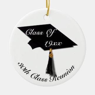 Adorno De Cerámica Casquillo y diploma - reunión de la graduación de