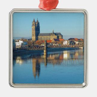 Adorno De Cerámica Catedral de Magdeburgo con el río Elba 01
