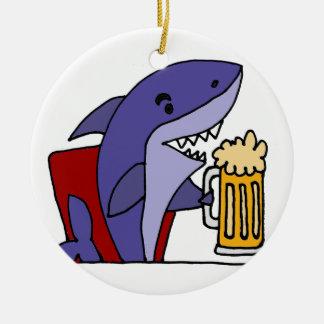 Adorno De Cerámica Cerveza de consumición del tiburón divertido