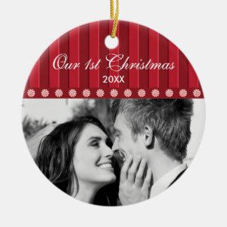 Adorno De Cerámica de nuestra primera Navidad con caramelos y rayas