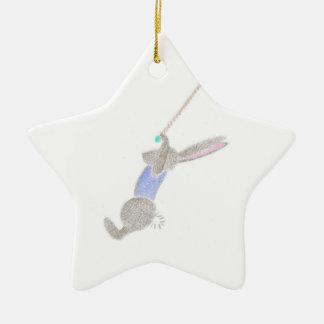 Adorno De Cerámica El conejito en el trapecio del vuelo